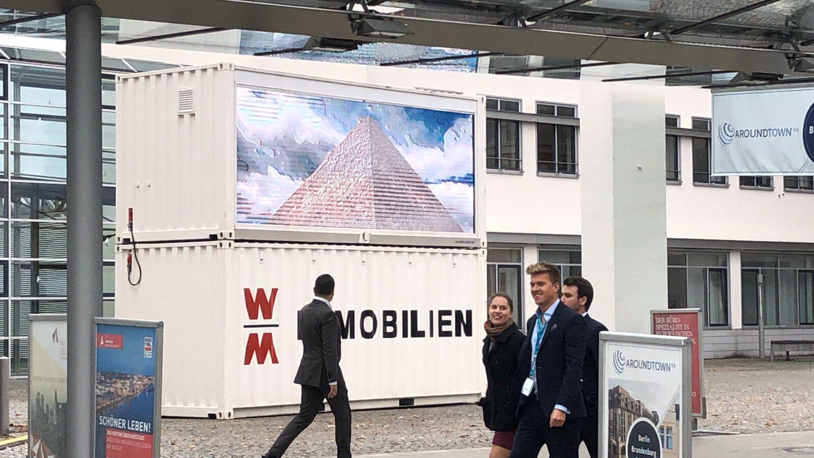 Wolff und Mueller LED container